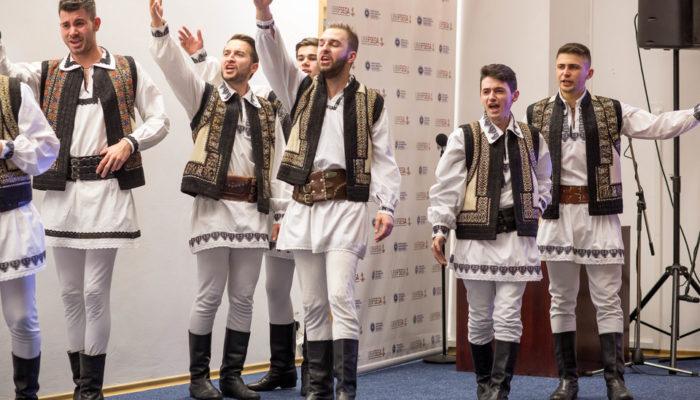 Echipa Moldova Care-i fruntea?